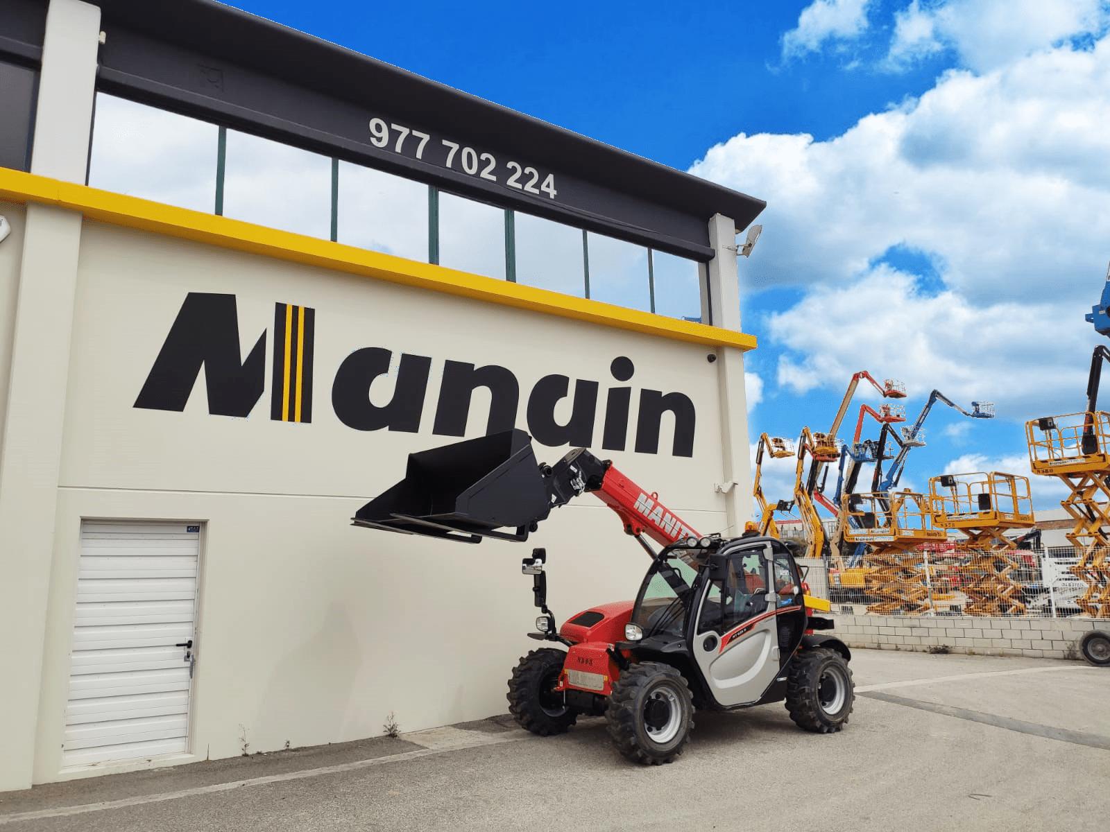 Manain incorpora nueva maquinaria a su flota de manipuladores MANITOU